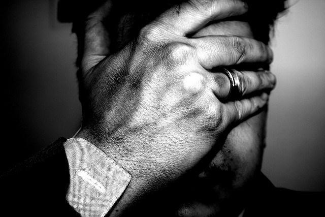 انعدام الشعور (الأليكسيثيميا)، كيف سيكون الوضع إن لم تختبر أي شعورٍ من قبل؟