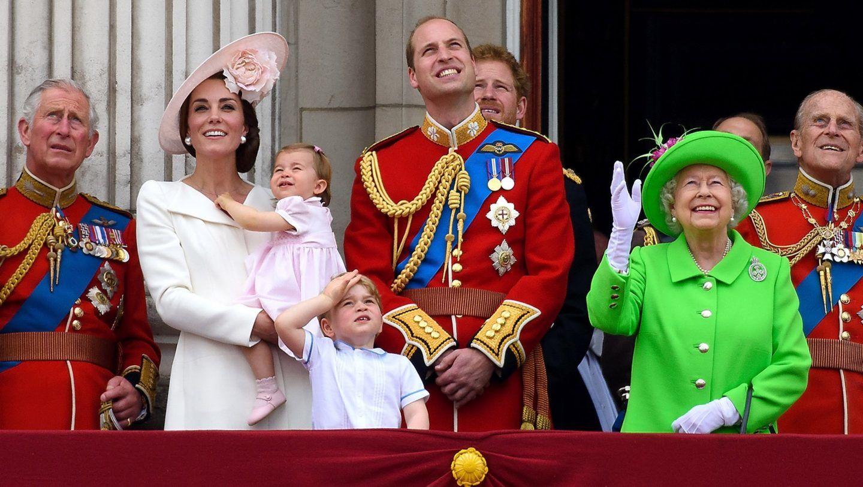 مولودٌ جديد وأسرةٌ حاكمة، فمن يرث العرش البريطانيّ؟