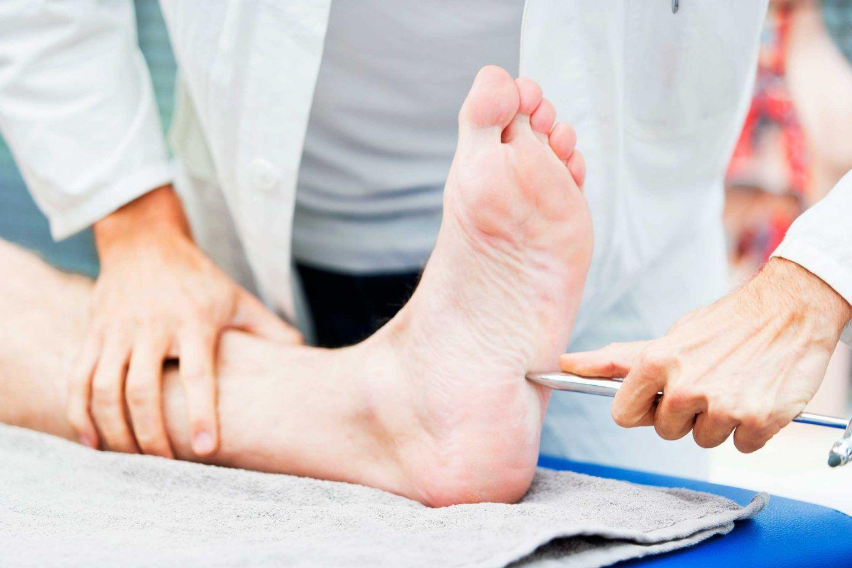 اعتلال الأعصاب السكري: الأسباب والأعراض والتشخيص والعلاج