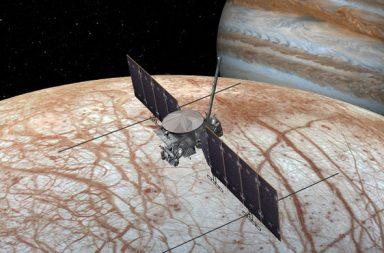 ربما تكتشف مهمة ناسا إلى القمر أوروبا دلائل على وجود حياة هناك - حياة موجودة في أحد المحيطات الباردة المظلمة بقمر أوروبا Europa التابع للمشتري