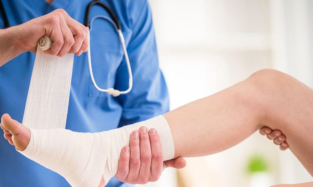 التواء الكاحل الأسباب والعلاج والوقاية