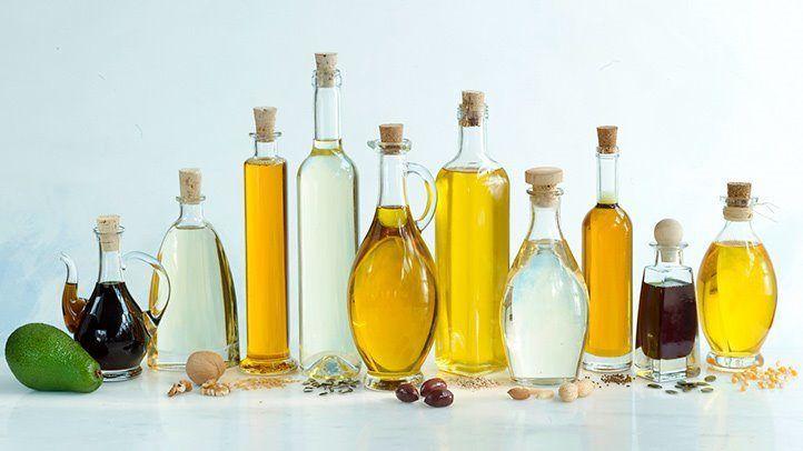 ما هي أفضل أنواع الزيوت النباتية للاستهلاك زيت الزيتون الدهون المشبعة الدهون الأحادية المتعددة الزيوت المستخدمة في الطهي زيت جوز الهند
