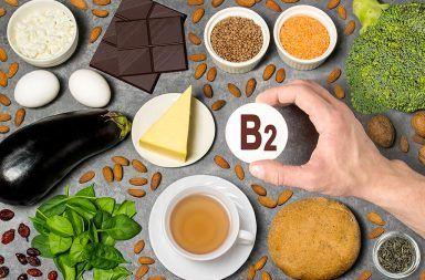 فيتامين B2 فوائده ومصادره ومخاطر عوزه الريبوفلافين الفيتامينات امتصاص الفيتامين النظام الغذائي شرب الكحول تحطيم البروتينات