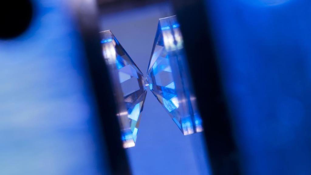 علماء فرنسيون يصرحون بنجاحهم في تحضير الهيدروجين المعدني معمليًا