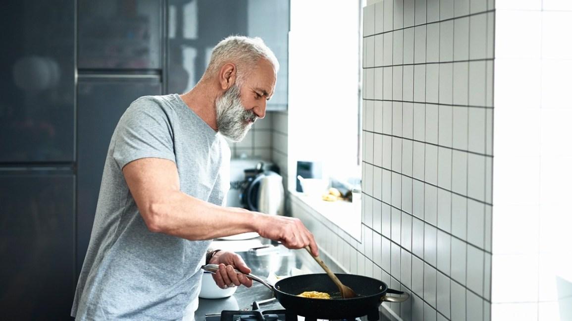 نصائح غذائية لمرضى قصور القلب - ما هي الأطعمة التي يجب على مرضى قصور القلب تناولها - الأغذية التي يجب أن تكون متواجدة في طعام مرضى القلب