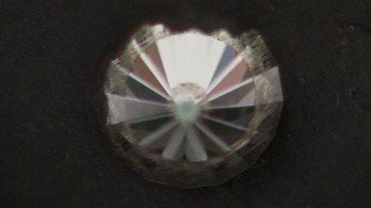 باحثون ينجحون في مهمة صنع الماس اقوى من الموجود في الطبيعة !
