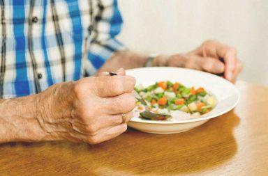 الحمية الملائمة لمرضى التهاب البنكرياس - ضبط مستويات السكر في الجسم وهضم الطعام عبر إفراز الإنزيمات - وظيفة غدة البنكرياس في الجسم