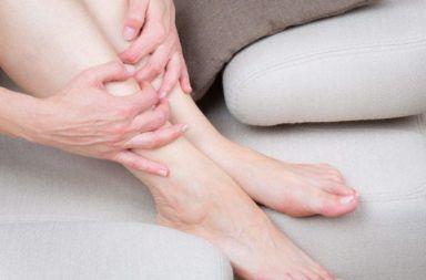 الحمامى العقدية الأسباب والأعراض والتشخيص والعلاج ظهور أعقاد حمراء مؤلمة تحت الجلد التهاب السبلة الشحمية النادر الشحم أسفل الجلد