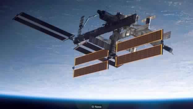 رائد الفضاء الذي يُكافح من أجل إنقاذ محطتنا الفضائية