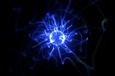 ما هي الطاقة من وجهة نظر الفيزياء حركة الذرات الحرارة طاقة موضعية نواة الذرة قوة الجاذبية القدرة على أن تسبب حركة بذل جهد