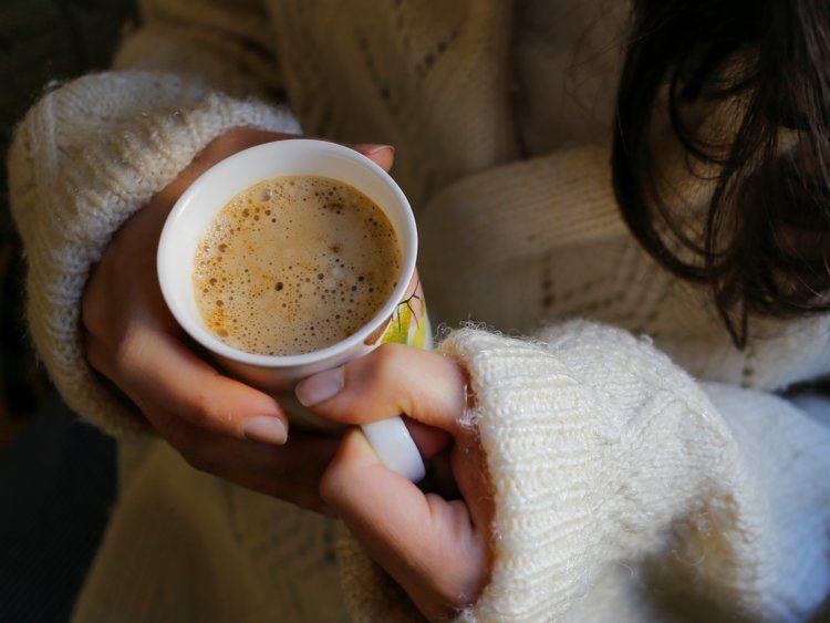 دراسة تقترح وجود رابط بين شرب القهوة و الإصابة بسرطان الرئة