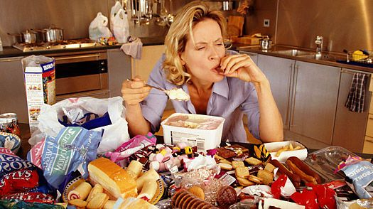 هل يؤدي تناول الوجبات السريعة إلى الاكتئاب؟