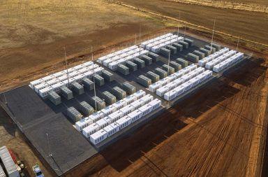 شركة تسلا تعلن للتَّوّ عن نظام بطارية جديد وعملاق لتخزين الطاقة المتجددة مشاريع تخزين الطاقة الكبيرة الاعتماد على الوقود الأحفوري