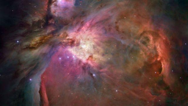 هل ينقل الغبار الكوني الحياة بين الكواكب؟