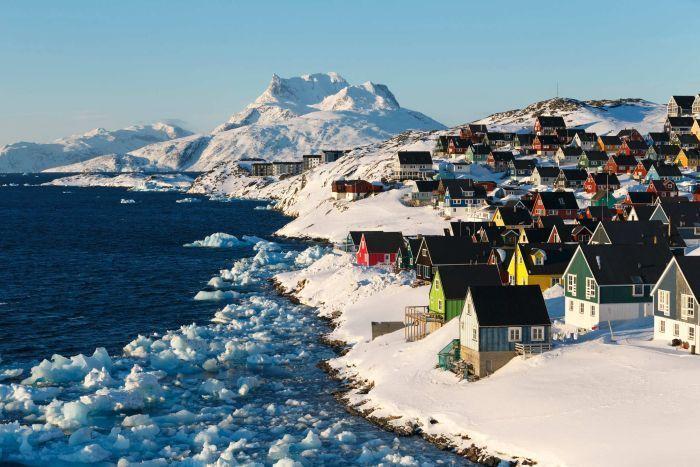 غرينلاند أكبر جزيرة في العالم أنا أصدق العلم