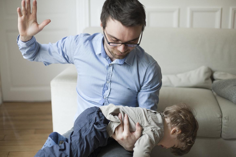 مخاطر الضرب على المؤخرة لمعاقبة الأطفال