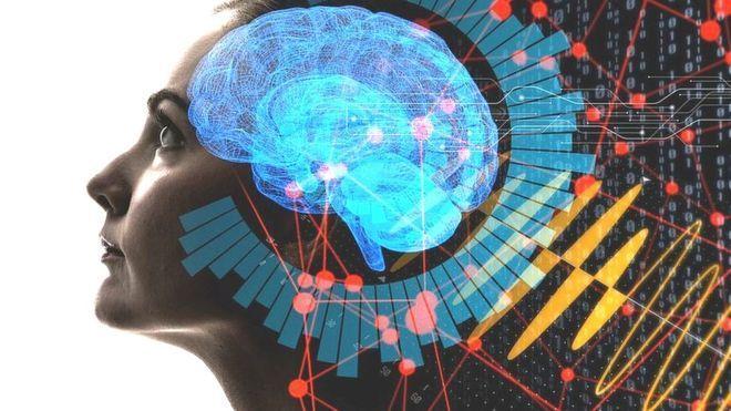 """علماء يبتكرون """"رقاقة تستطيع قراءة الدماغ"""" من أجل التحكم بالحواسيب بواسطة أفكارنا"""