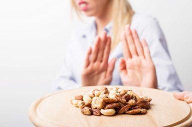 ما هي حساسية الطعام أو الحساسية الغذائية ما هي أسباب إصابة بعض البشر بالحساسية دون الآخرين كيف تتشكل حساسية الطعام عند البشر