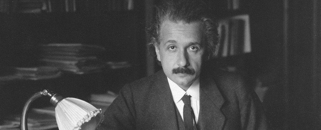 صدمة: أينشتاين كان عنصريًا ومهينًا للنساء