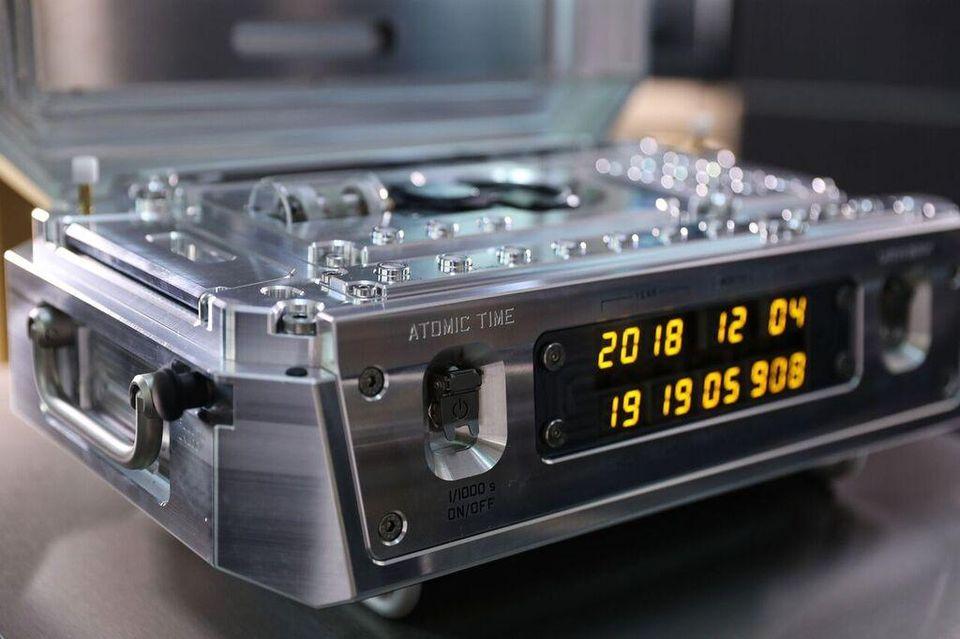 كيف تستطيع ساعة ذرية إيصال الرواد إلى المريخ في الوقت المحدد - مختبر الدفع النفاث JPL التابع لوكالة ناسا - تقنية الساعة الذرية للفضاء السحيق