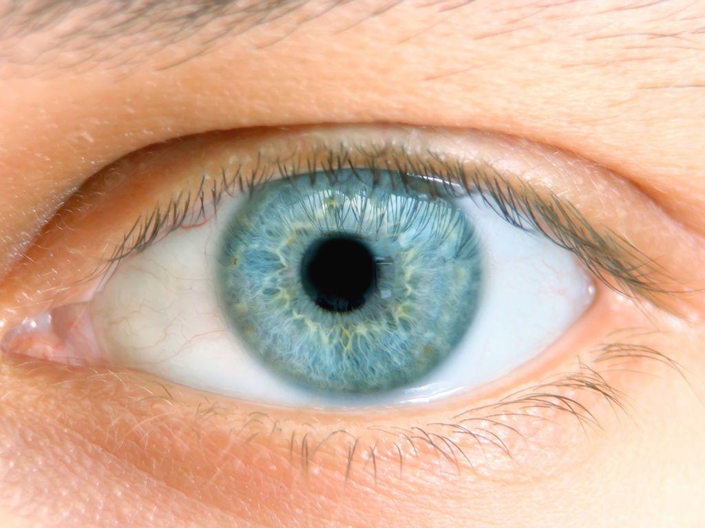 ظهور حالات غامضة من سرطان العين والأطباء عاجزون عن التفسير