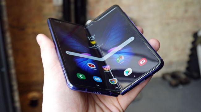 كيف سيبدو هاتفك الذكي بحلول 2030 - التطورات التكنولوجية التي تضمنت الهواتف الذكية آخر 10 سنوات - إلى أين ستصل التكنولوجيا بحلول عام 2030