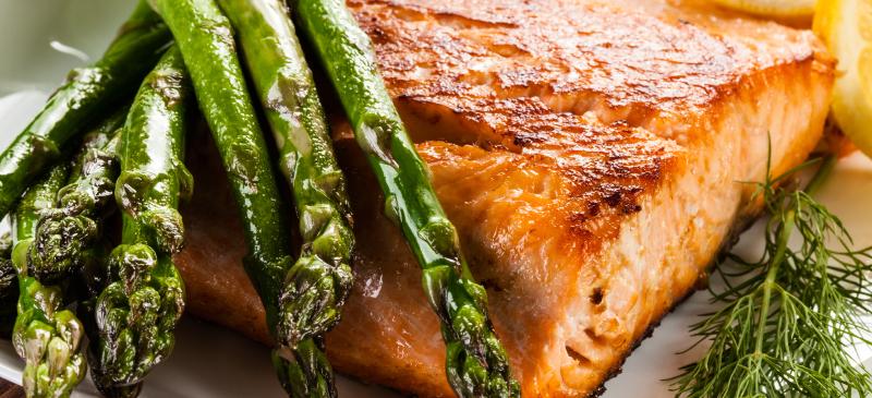أطعمة تساعد على تخفيف أعراض داء كرون - داء التهاب الأمعاء Inflammatory Bowel Disease (IBD) - التهاب في الجهاز الهضمي - ألم البطن