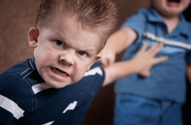 أسباب اضطراب التصرف عند الأطفال علاج اضطراب التصرف عند الطفل الأسباب والأعراض والتشخيص والعلاج الاهتمام الرعاية الصحية المشاكل