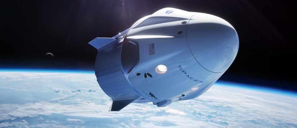 سبيس إكس على وشك إطلاق مهمتها التاريخية المأهولة (دراغون) - سفينة الفضاء Dragon - أول مهمة أمريكية مأهولة - حقبة جديدة من رحلات الفضاء الأمريكية