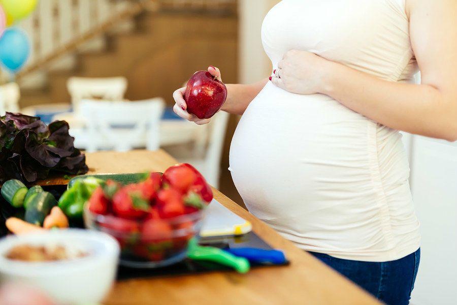 التغذية في فترة الحمل: تكوين طفل في غضون تسعة أشهر ليس أمرًا بسيطًا!
