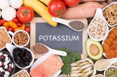 كل ما تحتاج إلى معرفته عن الأطعمة الغنية بالبوتاسيوم - مادة غير عضوية توجد في بعض الأطعمة - من المهم تناول الأطعمة الغنية بالبوتاسيوم - البوتاسيوم