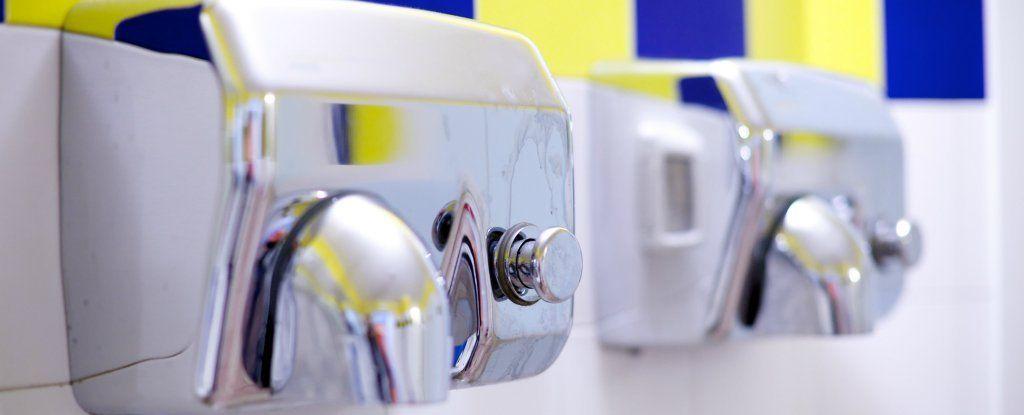 حقائق مقززة حول مجففات الأيدي في الحمامات