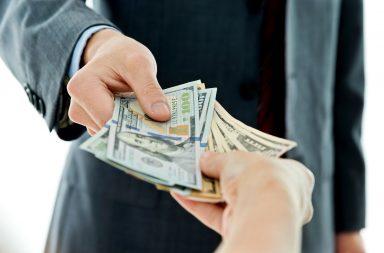 الدين القابل للتبديل - أحد أنواع السندات الهجينة - exchangeable debt - نقل حصة من أصول الشركة إلى شركة أخرى أو شركة تابعة
