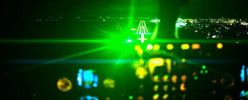 البنتاغون يختبر أنظمة الاتصال بالليزر في حال قامت روسيا والصين باعتراض إشارة الراديو