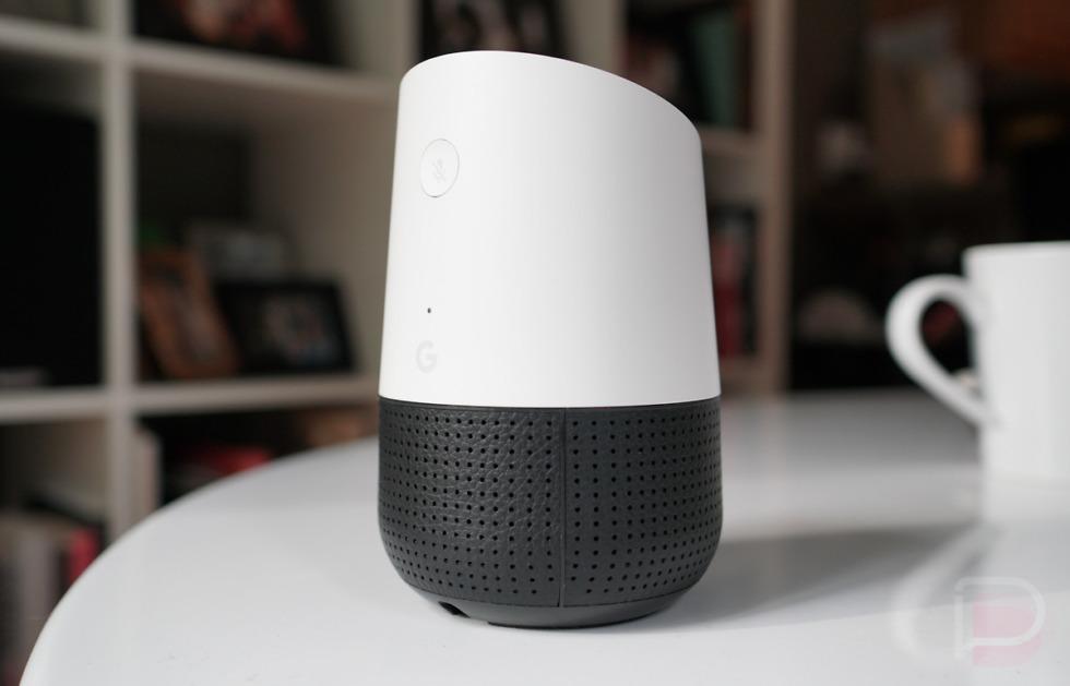 مرحبًا جوجل، هل تسجل بالفعل كل ما أقوله؟ نعم - سماعات جوجل المنزلية - استخدام كلمة الإيقاظ الشهيرة «مرحبًا جوجل» أو «حسنًا جوجل»