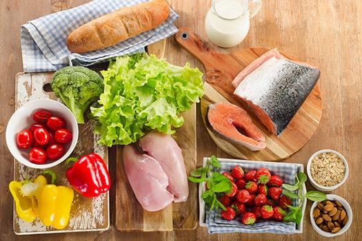 نصائح غذائية للمرضى الذين أصيبوا بالسكتة الدماغية - تناول الأطعمة الصحية للقلب - خفض الكوليسترول وضغط الدم - النظام الغذائي الملائم