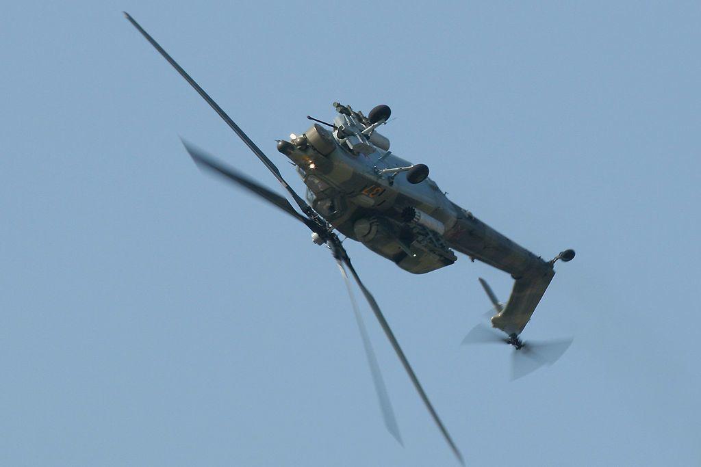هل تستطيع المروحيات التحليق بشكل مقلوب؟