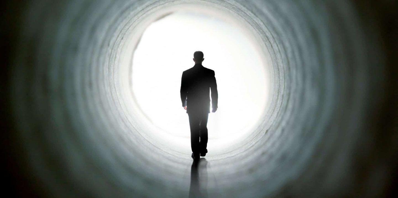 كيف يرى دايفيد باراش -أستاذ علم النفس وعالم الأحياء التطوري- الموت والنهاية؟