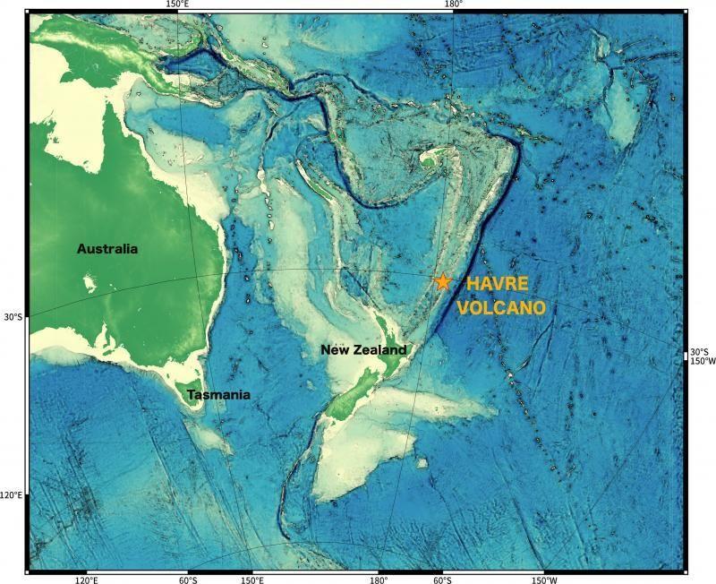 ماذا يحدث إذا انفجر بركان تحت سطح البحر بركان هافر الحمم البركانية الخفاف البركاني ثوران بركاني تحت سطح الماء براكين المياه العميقة