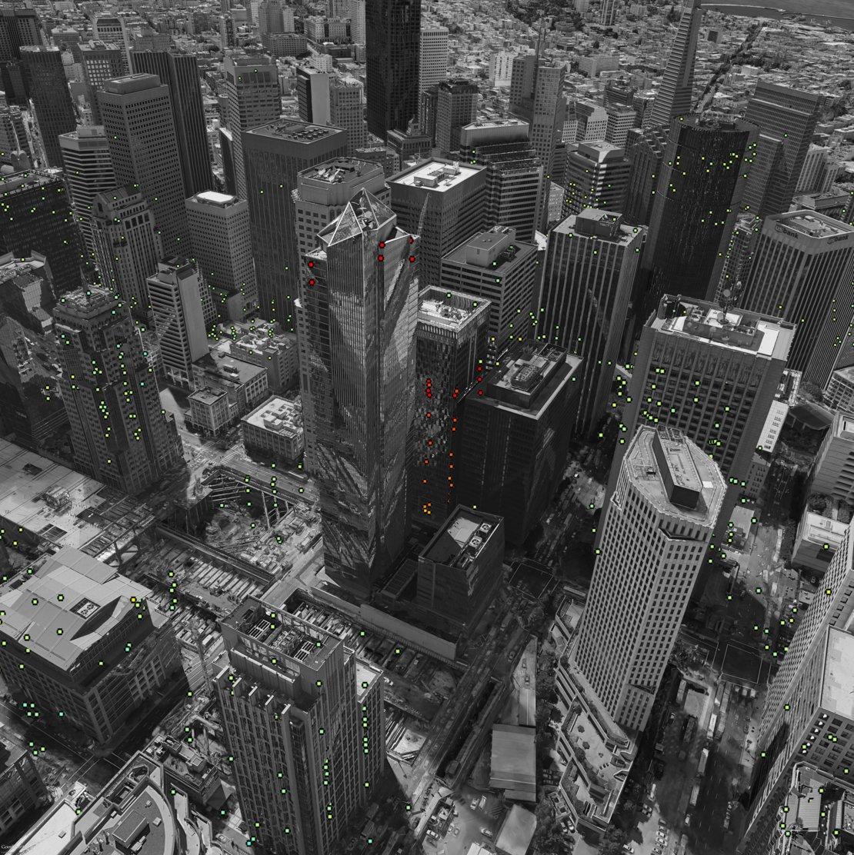 غرق برج الالفية في مدينة ناطحات السحاب سان فرانسيسكو ، ما السبب ؟
