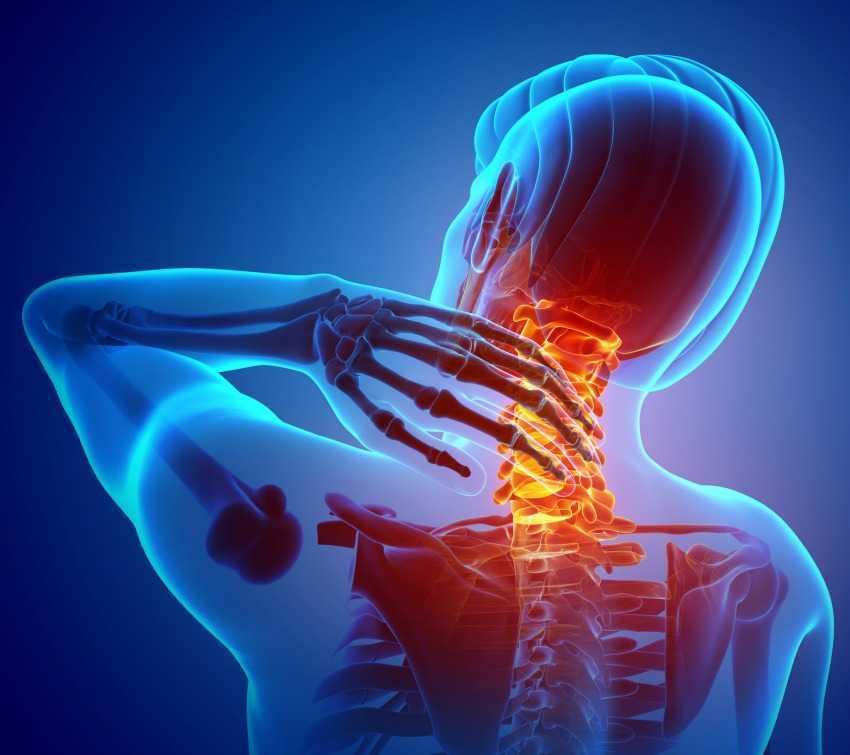 هل تعاني من ألم الرقبة ؟ لا علاقة لوضعية جلوسك بألمك