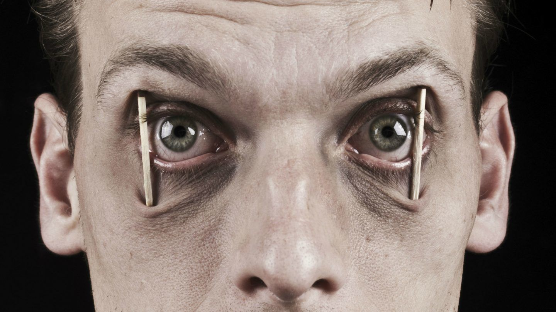 ماذا يحدث لأدمغتنا عندما نحرم من النوم؟ الواقع مخيف!