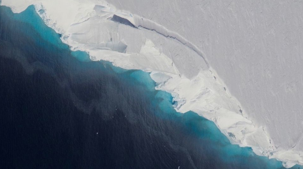 نهر Thwaites الجليدي، أحد أسرع الأنهار الجليدية ذوبانًا على ساحل القارة القطبية الجنوبية