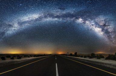 الخط الزمني لنشوء الكون العصور المظلمة كيف نجا الكون المجرات الأولى النجوم الأولى المادة المظلمة الثقوب السوداء ألغاز الفضاء