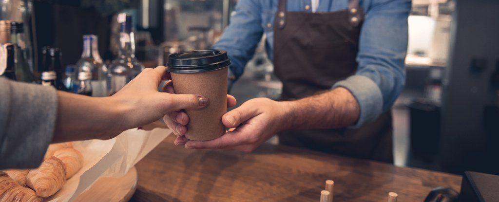 هل تُفضّل القهوة أم الشاي؟