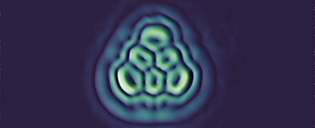 للمرة الاولى تمكن العلماء من تكوين الجزيء الاسطوري مثلث الشكل