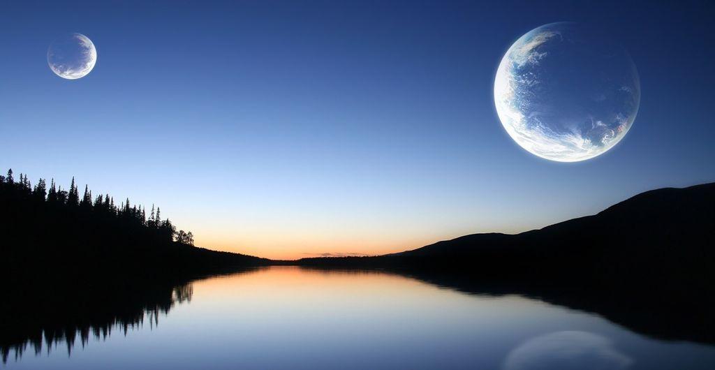 ماذا لو كان للأرض أكثر من قمر؟