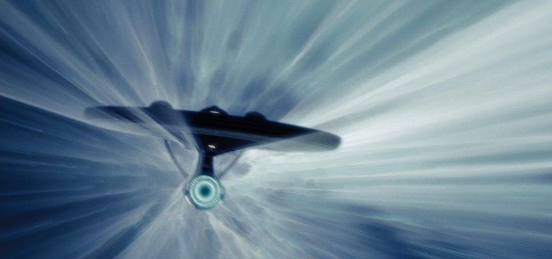 سلسلة النظرية النسبية : النسبية الخاصة ماذا يحدث لمادة اذا كانت سرعتها اكبر من سرعة الضوء ؟