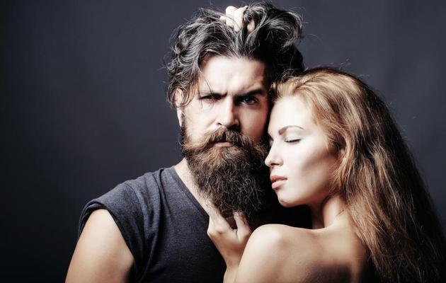 هل تفضل النساء الرجل الملتحي - مشاعر النساء تجاه شعر الوجه - صلة وثيقة بين ملامح الوجه الخشنة والقوة الجسدية - النشاط الاجتماعي