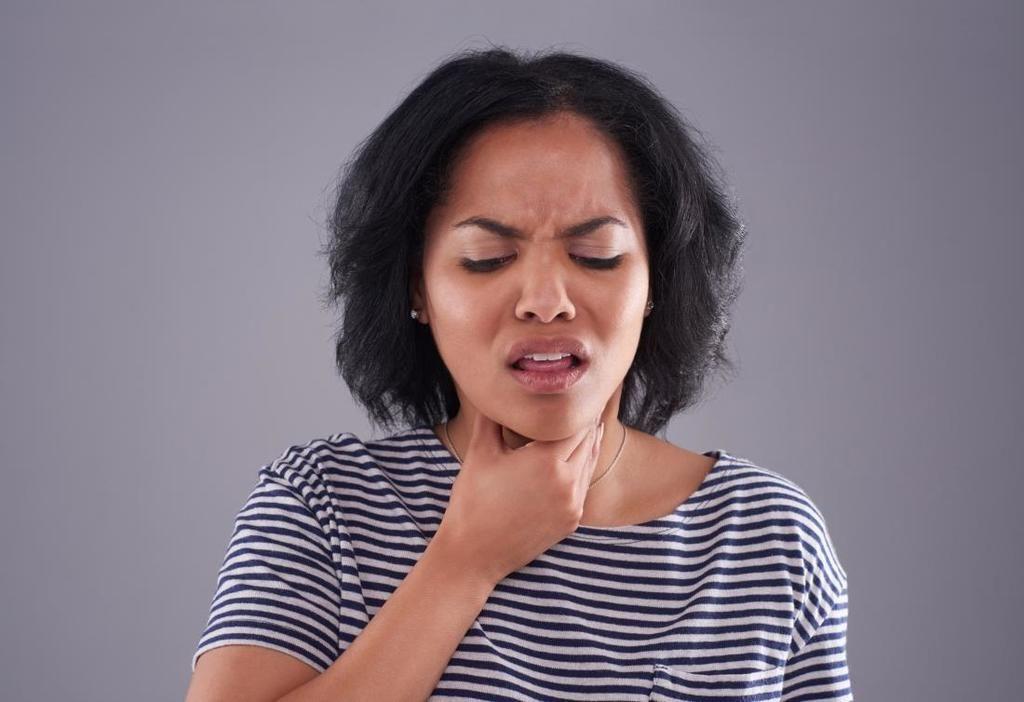 التهاب لسان المزمار: الأسباب والأعراض والتشخيص والعلاج